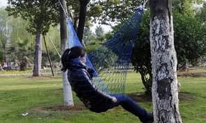 2 PCS Hanging Nylon Mesh Rope Hammock Sleeping Hanging Bed for Hiking / Camping / Outdoor Travel / Sports / Beach / Yard(Dark Blue)