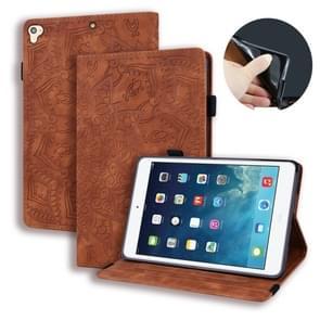 Voor iPad Pro 9 7 inch kalf patroon dubbele vouwen ontwerp reliëf lederen draagtas met houder & kaartsleuven & pen sleuf & elastische band (bruin)