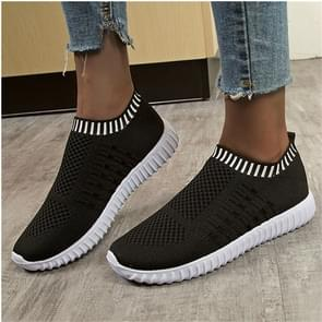 New Large Size The Trend Of Women Shoes Wild Sports Leisure Flying Running Shoes, Shoe Size:41(Black)