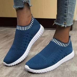 New Large Size The Trend Of Women Shoes Wild Sports Leisure Flying Running Shoes, Shoe Size:41(Blue)