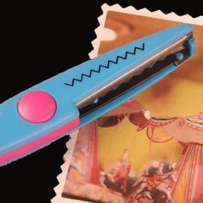 6 PCS Lace Scissors DIY Photos Color Plastic Scissors Paper Diary Decoration(Small sawtooth)