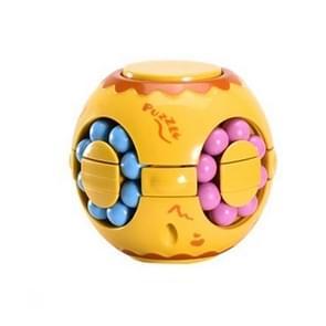 3 PCS Finger Magic Bean Rubik Cube Speelgoed Kinderen Intelligentie Vingertop Spinning Top (Geel)