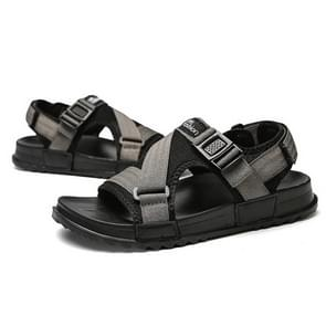 Fashion Thick Bottom Hard-wearing Outdoor Beach Shoes Casual Sandals for Men, Shoe Size:39(Gray)