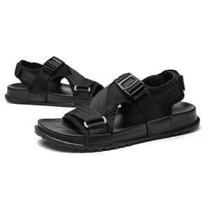 Fashion Thick Bottom Hard-wearing Outdoor Beach Shoes Casual Sandals for Men, Shoe Size:44(Black)