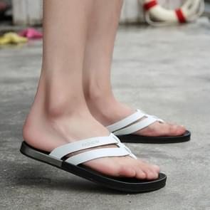 Microfiber leder effen kleur lichtgewicht non-slip slijtvaste flip-flops voor mannen (kleur: wit grootte: 44)