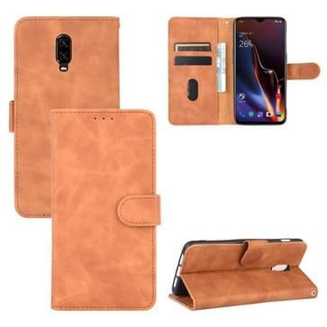 Voor OnePlus 6T Solid Color Skin Feel Magnetic Buckle Horizontal Flip Calf Texture PU Leather Case met Holder & Card Slots & Wallet(Brown)