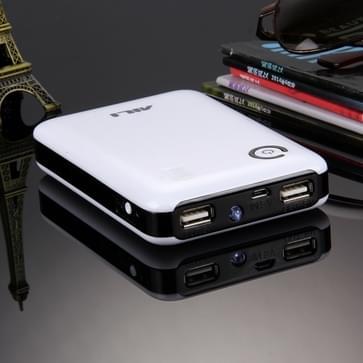 draagbare High-efficiency 4 x 18650 batterijen Plastic Power Bank Shell Box met Dual USB Output & warmtedissipatie gat voor iPhone, iPad, Samsung, LG, Sony Ericsson, MP4, PSP, Camera, accu's niet Included(Random Kleur Delivery)