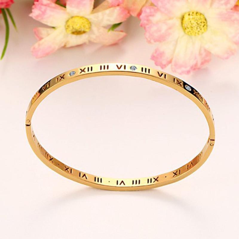 Afbeelding van Unisex Romeinse cijfers snijwerk Crystal ingelegd Titanium Steel Bracelet grootte: 6.2*5.8*1cm(Gold)