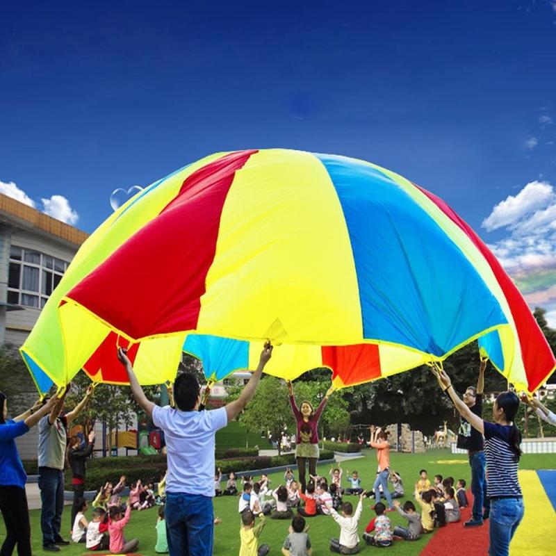 Afbeelding van 7m kinderen buiten spel oefening Sport speelgoed regenboog paraplu Parachute spelen leuk speelgoed met 32 handvat riemen voor gezinnen / kleuterscholen / pretparken