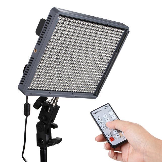 Aputure Amaran HR672W CRI 95+ Flikkervrije LED Videolamp met 2.4GHz Draadloze Afstandsbediening